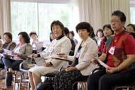 日本から参加した(右から)村上さん、茂木さん、伊藤さん