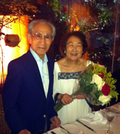 12年12月に当地で祝った90歳の誕生日。妻の町枝さんと