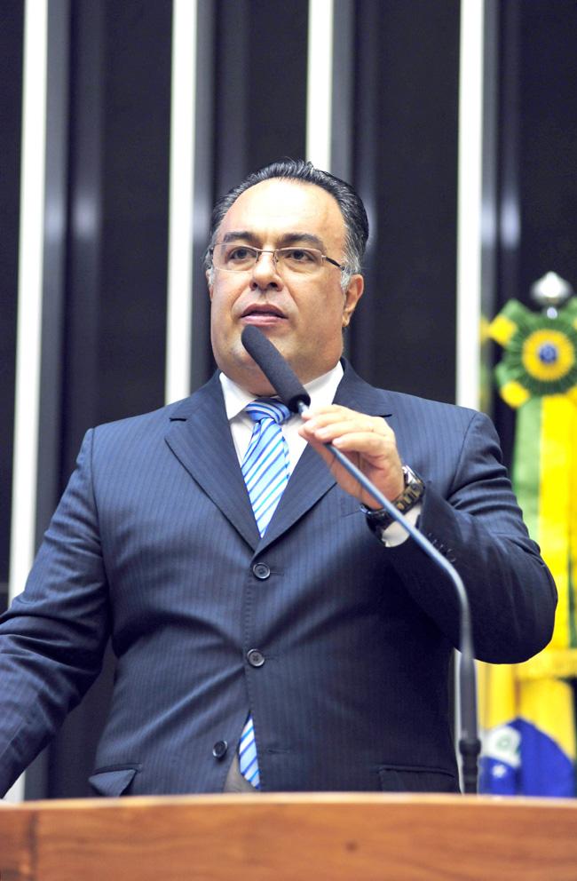 ヴァルガス氏(Laycer Tomaz/Camara dos Deputado)