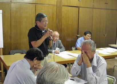 報告を行う山田実行委員長