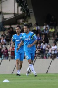 アジア予選では不動だった吉田(左)と今野