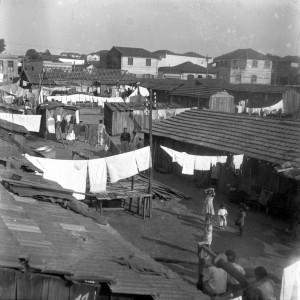 昔のモッカ区オラトリオ街のコルチッソ(貧民街)の様子(写真提供foto=Casa de Guilherme de Almeida)