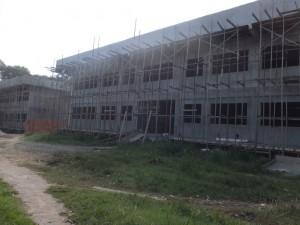 建設中の分校