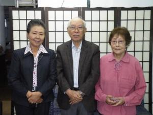 左から小田さん、山田会長、柴田さん
