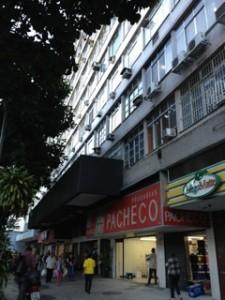 リオの薬局チェーン店「PACHECO」