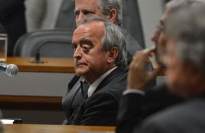 汚職の容疑を一切否定するネストル・セルヴェロ容疑者(Foto: Antonio Cruz/Agência Brasil)