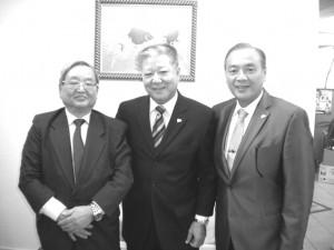 (左から)大野、小渡、上村各氏