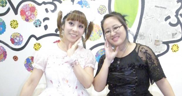 「ロリータ愛好家と交流を」と呼びかける松田さんと中村さん