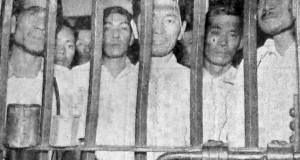 警察に勾留されていた時の桜組の代表者ら(パウリスタ新聞1954年12月9日付記事の写真より)