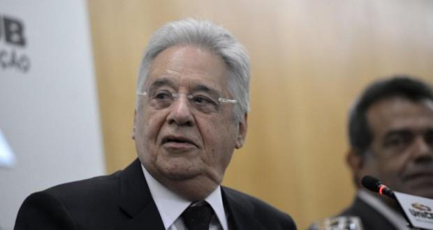 ルーラ氏に対話を求められたカルドーゾ氏(Wilson Dias/Agência Brasil)