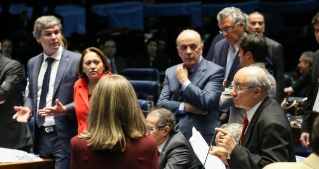 ECA審議中の上院(14日、Lula Marques/Agência PT)