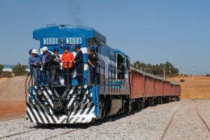 南北縦断鉄道のトカンチンスとゴイアス間の建設現場の様子(2014年8月12日、Foto: Ichiro Guerra/Dilma 13)