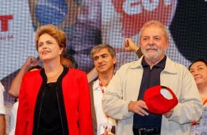 ジウマ大統領とルーラ前大統領(Foto: Roberto Stuckert Filho/PR)