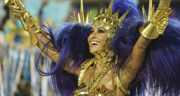リオのスペシャル・グループ「ヴィラ・イザベル」で踊った日系アイドル、サブリナ・サトウ(Foto: Fernando Maia/Riotur)