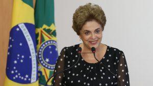 13日、罷免の瀬戸際にいることを感じさせない、堂々たるジウマ大統領(Foto: Lula Marques/Agencia PT)