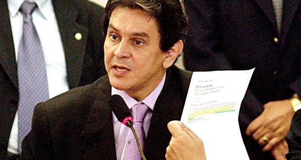 2005年、メンサロンを暴露した当時のジェフェルソン氏(Marcello Casal Jr./Agência Brasil)