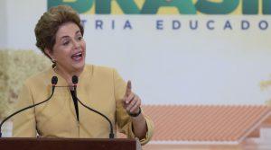 大統領府でのイベントのたびに「私はクーデターの被害者だ」を繰り返したジウマ氏(Foto: Lula Marques/Agência PT)