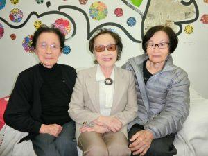 (左から)久保さん、高瀬さん、桑原さん