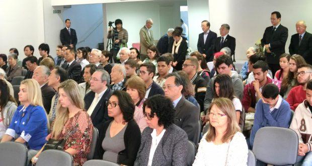 非日系人も多く参加した会場の様子