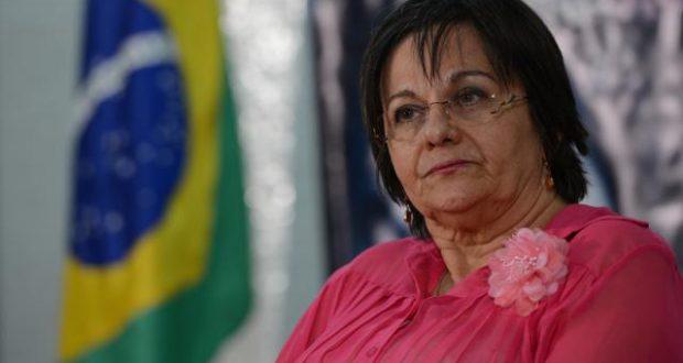 法案作成の基を築木、今も闘うMダ・ペーニャ氏(Fabio Rodrigues Pozzebom/Agência Brasil)