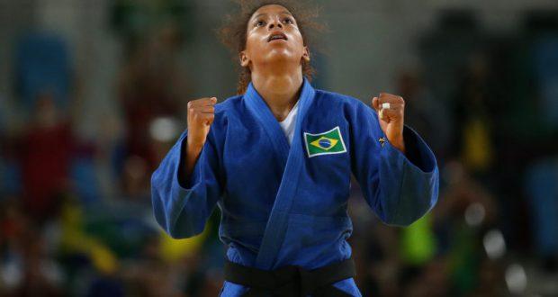 試合前に精神を集中させているラファエラ(Roberto Castro/Brasil2016)