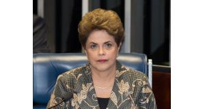 弁明を行うジウマ大統領(Lula Marques/AGPT)