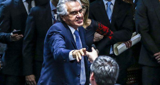 激しい口論も見られた弾劾裁判初日(Pedro França/Agência Senado)