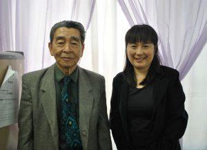 来社した吉田会長(左)と鎌田さん