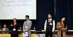 伝統継承を誓ったコレジオ・ブラジリアの学生