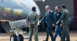 逮捕時のクーニャ氏(16年10月、Wilson Dias/Agência Brasil)