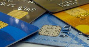 債務不履行を招く原因の一つでもあるクレジットカード(Marcos Santos/USP Imagens)