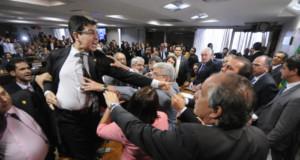 JBS疑惑発覚後に再開した上院委員会は大荒れとなった(Alessandro Dantas)