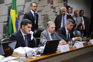 6日の、上院経済問題審議委員会の様子(Marcos Oliveira/Agência Senado)