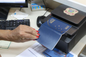 パスポート発行中断から16日、ようやく追加予算が認められた(参考画像 - Toninho Tavares/Agencia Brasilia)
