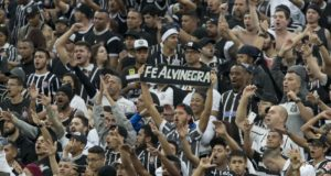 コリンチャンスのサポーター達(Daniel Augusto Jr./Ag. Corinthians)