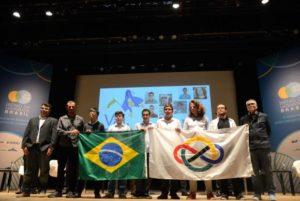 数学五輪に参加したブラジルチーム(Tânia Rêgo/Ag. Brasil/Arquivo)