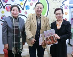 (左から)森下さん、宮村会長、椿さん