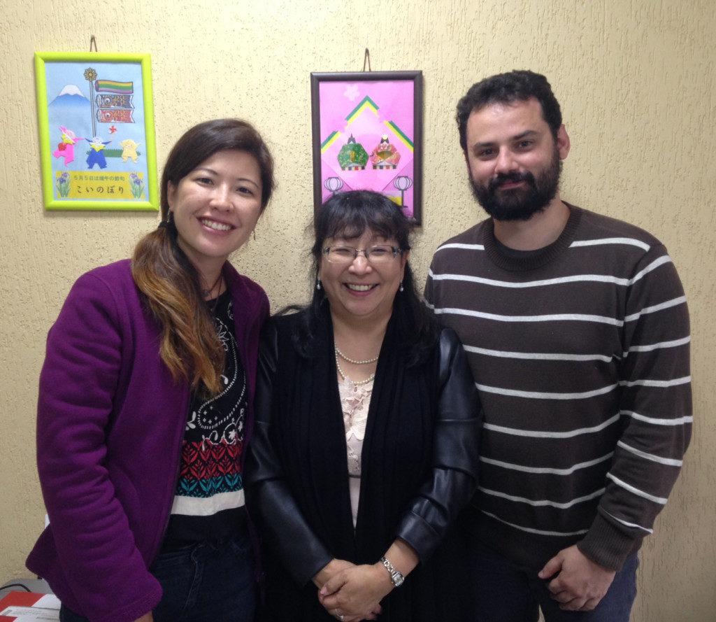 事務所にて中川さん(中央)とプロジェクトスタッフ