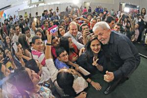 15年にブラジル北東部を訪れた際のルーラ氏(Ricardo Stuckert/Instituto Lula)