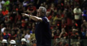 息子の突然の死から4日で現場に復帰した、フルミネンセのアベル・ブラガ監督(Nelson Perez/Fluminense F.C.)