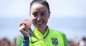 リオ五輪オープンウォータースイミング女子10キロ部門で銅メダルに輝いた、日系ブラジル人のポリアーナ・オキモト(Ministério do Esporte)