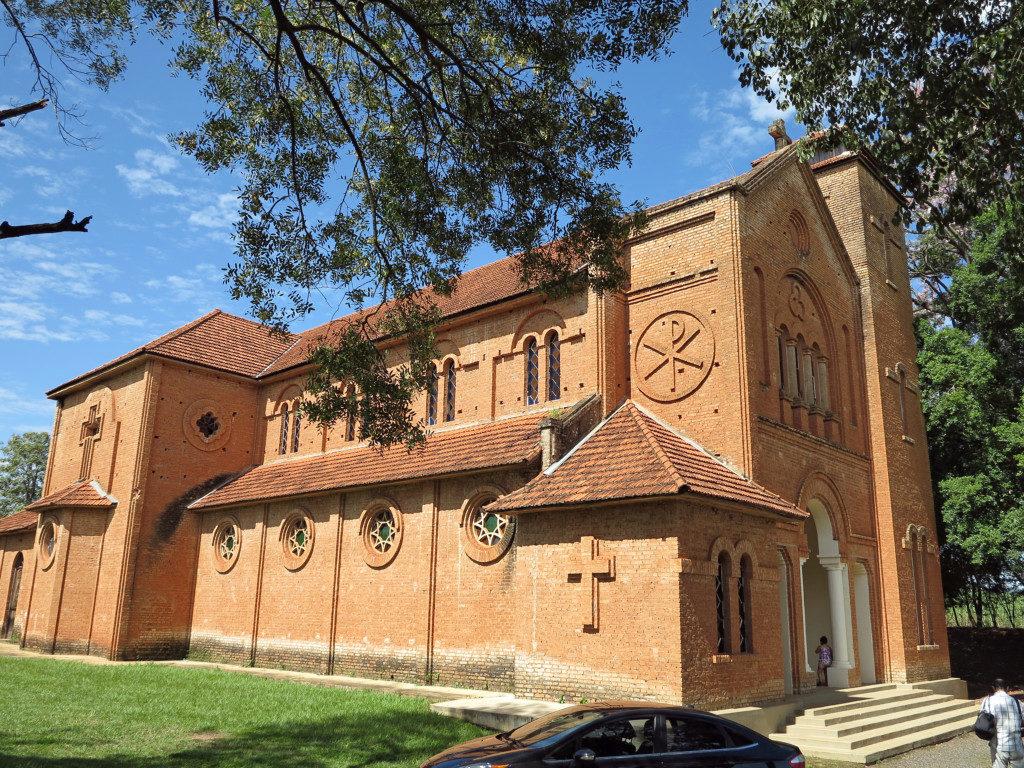 プロミッソンのクリスト・レイ教会。イエズス会が伝えた教えは、隠れキリシタンよって伝えられ、ブラジルへ