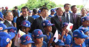 ニッケイ・クラブで歓迎を受けた山田駐伯大使と野口在聖総領事(提供写真)