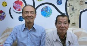 (左から)徳力理事長、石塚さん