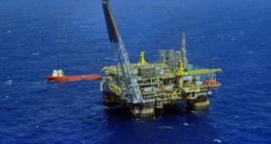 ペトロブラス社の海底油田採掘プラットフォーム(参考画像・Stéferson Faria/Ag. Petrobras)