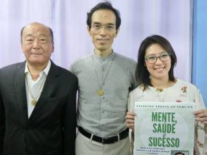 (左から)酒井さん、村田本部長、福沢渉外担当