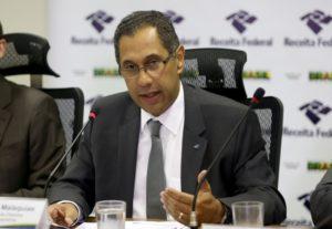 ブラジル国税庁税務・税関研究センター長のクラウデミール・マラキアス氏(Wilson Dias/Agência Brasil)