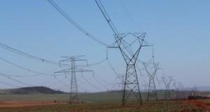 広大な国土を持つブラジルは送電網の設備も一苦労だ(参考画像・Marcos Santos/USP Imagens)