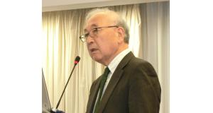 講演を行った田中理事長