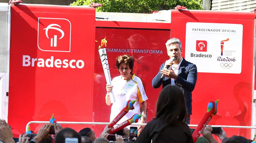 リオ五輪で聖火ランナーをつとめた際のエステル(Francisco Medeiros/ME)